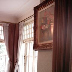 【写真】ミニデジで撮影した田園調布の家(大川邸)のリビング