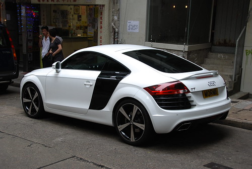 Audi TT with Niche Tuning R8 Body Kit