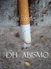 Aviso Publicitario (:Cerquita:) Tags: macro publicidad lucky ♥ afiches cigarrillo enfoque