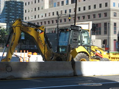 cat 450e (testa1250) Tags: world road nyc plant west tower station wheel cat pc construction highway gm power general crane accident manhattan tag side linden center demolition gas motors cranes caterpillar machinery piston gloves glove wtc trucks click westsidehighway loader heavy corp 888 yonkers trade komatsu waterbottle jackhammer peterbilt excavator 1250 4100 generalmotors 1280 testas liebherr 375 testa 389 lomma excavators gmplant machiney sandhogs 345cl 375l lr1280 exacavators manitowc