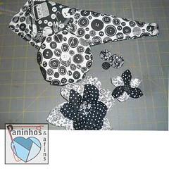 Troca Tecido Botes e Cia (Paninhos e Afins) Tags: brazil flor fabric swap fuxico campinas troca tecido alfineteiro portatesoura botoforrado
