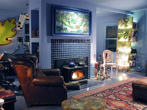 Blue House Aquarium, Fireplace