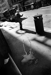Letoh (Nash72) Tags: road street people italy rome roma film italia 28mm streetphotography busstop tmax400 bnvitadistrada ofstreet insicurezzapercepita