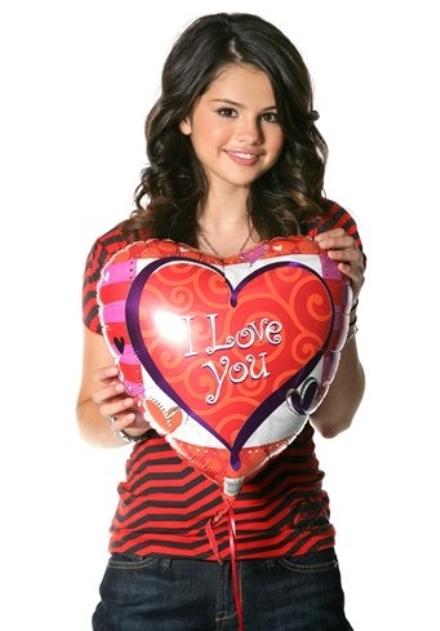 selena-gomez-i-love-you-001