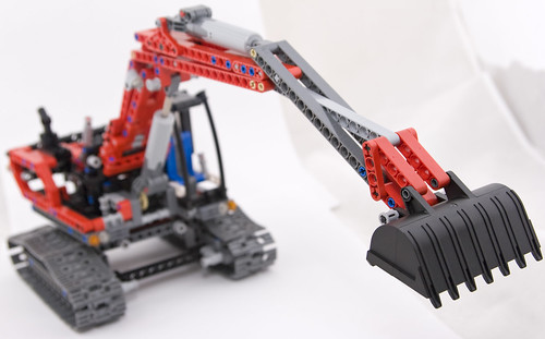 Lego 8294 reaches out