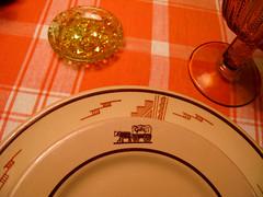 Gib's Wagon and Aztec Pattern (prima seadiva) Tags: orange brown vintage amber dish tan diner dishes tablesetting restaurantware tanbody restaurantchina