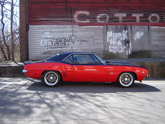 Camaro At Cotton Factory (bleudreams) Tags: cars camaro yearone 69camaro sscamaro firstgencamaro twotonecamaro torquethrustcl205 bigblockcamaro redblackcamaro