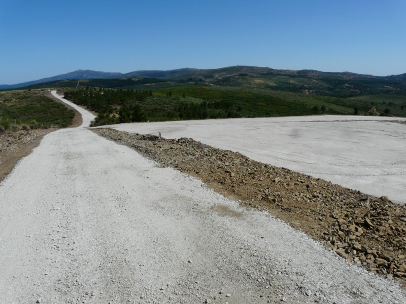 (Portugal) Construction du parc éolien du Sabugal 2968987729_2919e613db_o.jpg