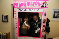 Danielle and Whit (Accidents Will Happen) Tags: halloween costume 2008 october31 perezhilton perezhiltoncom