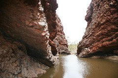Simpsons Gap in flood, West MacDonnell NP, Central Australia. (Michael J. Barritt) Tags: flood simpsonsgap centralaustralia desertrivers westmacdonnellnp