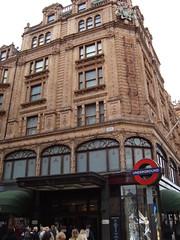 Harods w Londynie (Kamil Brzezinski) Tags: 2008 listopad londyn konferencja prywatne imagespace:hasdirection=false