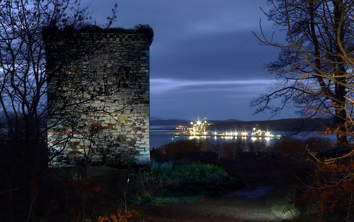 Fairlie castle  painted with light22Nov08