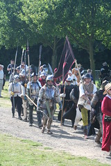 IMG_5347 (jgmdoran) Tags: canon flags archer reenactment 2007 militaryodyssey platemail lancastrians billhook arquebus waroftheroses highmedieval yorkists