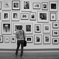 You have my full attention! (porbem) Tags: street people bw woman girl museum stockholm pb nb human fascination modernamuseet robertmapplethorpe exihibition jospessoa