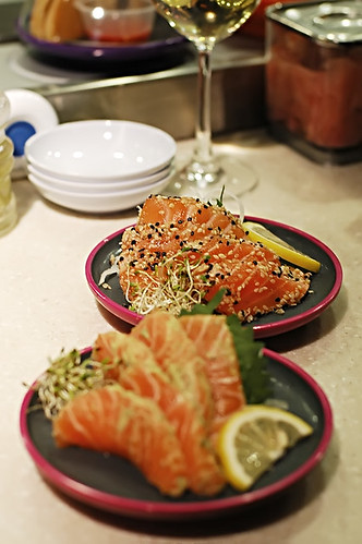 Sashimi - with sesame seeds and marinaded in dill/wasabe.