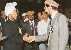 Hadhrat Mirza Tahir Ahmad with Abdullah Uwe Wagishauser (adherer0) Tags: germany messiah ahmad uwe tahir imam promised mirza abdullah mahdi caliph ghulam ahmadiyya wagishauser khalifat