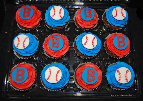 Boston Red Sox Fan Baseball cupcakes