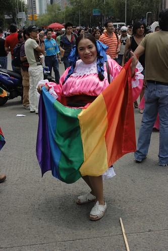 Bandera en traje regional