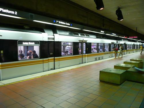 Estacion de metro 2695016403_fb52461c50