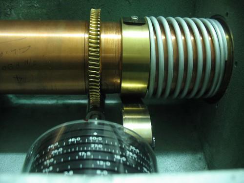 Primer plano del mecanismo de atenuación.