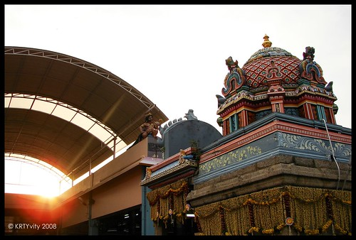 Vadapalani Temple - Sunlight