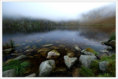 Corrymore Lake (Janek Kloss) Tags: ocean ireland mountain lake west water island foto view shot image photos hans tourist an irland eire fotka aisle end mayo fotografia 2008 achill attraction zdjecia irlanda supply kloss ierland keel janek j23 keem zdjecie fotki dooagh corrymore irlandia seson cuan   hwdp lirlande fotosy   moli516 croghaun
