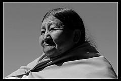 Serenidad Boliviana... ([cation]) Tags: old bw woman sun sol titicaca soleil ride vieja bolivia nb bn serene wisdom sabiduria bolivie seora cation vieillesse serenidad sagesse