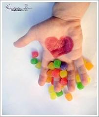 um coração doce [...] (Matteus Oberst) Tags: verde branco candy heart goma vermelho amarelo coração doce bala roxo colourartaward