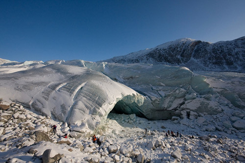 The Sermeq Avangnardleq glacier is retreating