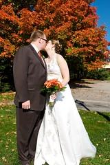 kiss the bride (Ben McLeod) Tags: wedding sarah bedford groom bride nathan newhampshire portraiture 1755mmf28g weddingparty formals sb800 bedfordvillageinn nateandsarah