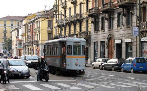 Milano repair tram