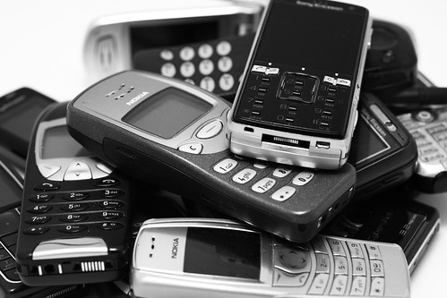 2008.11.05 - My life story told by the cellphones I've owned