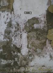 Calle Cuba (cafecubain) Tags: cuba olympus e300 parede calles muros habanavieja streetcuba callecuba cafecubain ruecuba callesdecuba callesdelahabana