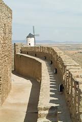 Castillo de Consuegra (TerePedro) Tags: espaa castle spain quijote toledo castelo chateau schloss castillo lamancha castilla mancha consuegra aboutiberia