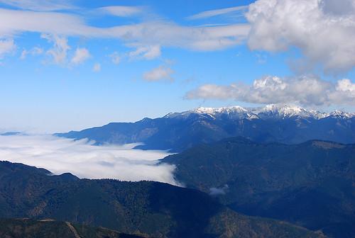 雲海與南湖