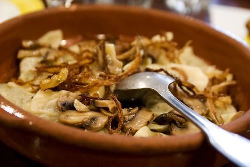 vareniki with potato and mushrooms