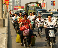 Morning Commute (Life in AsiaNZ) Tags: china city morning bridge people cars canon asia g south chinese bikes powershot southern rush hour commute series trucks   nanning  guangxi    g9   gseries  canong9 lifeinnanning  flickrgiants