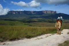 Monte Roraima (Marcelo Seixas) Tags: world travel blue sunset portrait sky mountain nature mystery clouds america trekking walking lost photography arthur is photo track photos hiking venezuela south natureza bolivar hike victory professional mount american tropical keep gran doyle canaima nothing caminhada justdoit montanha clound vitoria indio ican caminho perdido impossible conan trilha roraima sabana tepui lostworld profissional tepuy idid arthurconandoyle monteroraima dotheimpossible