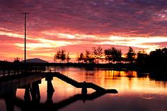Merang Sunrise (Part 2) (Nasey) Tags: sky reflection slr film beach silhouette clouds sunrise fuji contax malaysia fujifilm manualfocus terengganu planar carlzeiss superia200 f17 merang contax139quartz setiu negativescanned noritsukoki nasey nasirali natureselegantshots merangbeach