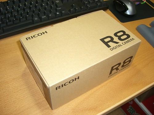 RICOH R8 外箱