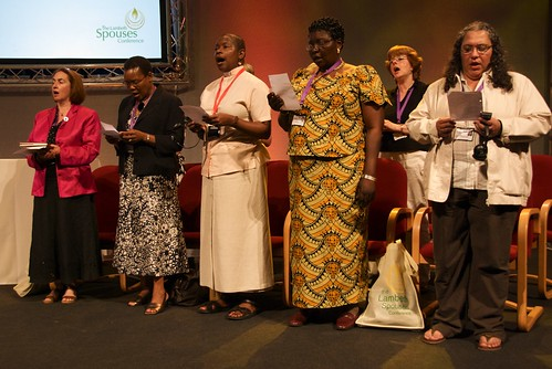Bishops Spouses singing at the opening of the Lambeth Conference. ACNS/Gunn