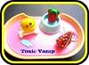 Anellinu pacman /// Ciondolino Flagolina 3.50 (toxicvampcreations) Tags: candy toast fimo pacman torta cerotto fragola uovo cerniitdolci