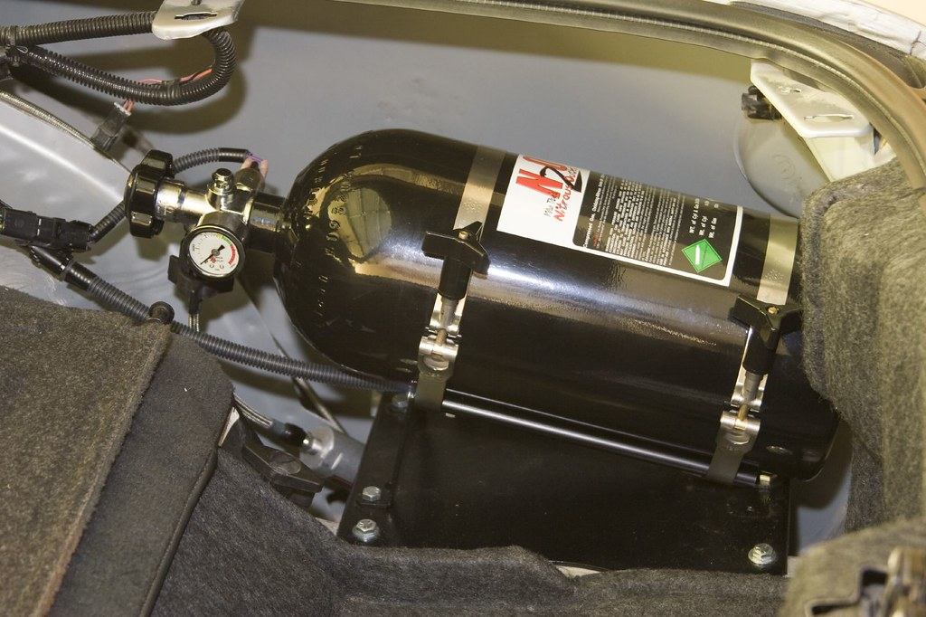 D E B on Camaro Spare Tire Kit