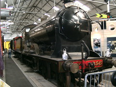 Locomotive in Steam Museum in Bo'ness (friskierisky) Tags: man guy museum scotland ray photographer railway vehicle past steamengine picturetaking oldtrain carriages rollingstock insidetrain beforerestoration oldlocomotive yellowtransport