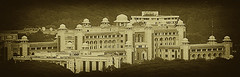 Makaan [House, or Palace if you will] ([ Imran ]) Tags: pakistan blackandwhite bw panorama pano palace telephoto islamabad h5 dsch5 734mm primeministersecretariat