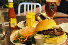 Brewerkz - FruitBrewz and Bistro Burger