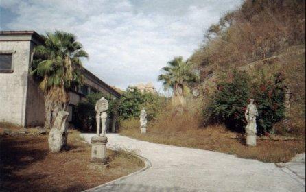 Partenon de Durazo: Camino a la casa
