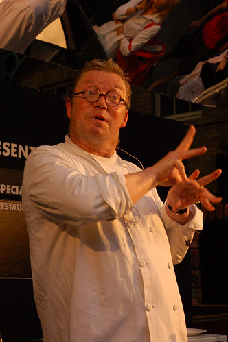 Fergus Henderson gesticulating about trotters!