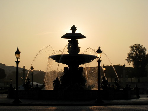 Fountain on place de la Concorde