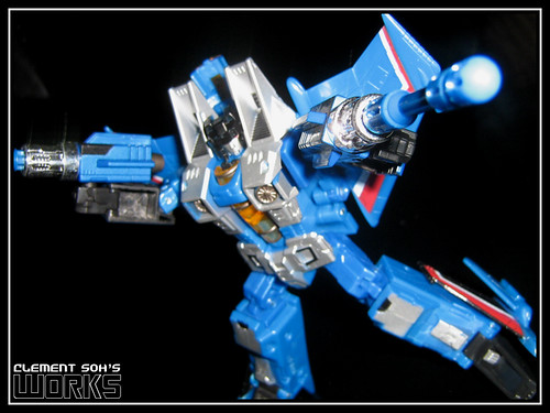Henkei Thundercracker